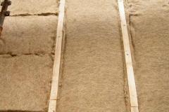 saltele de canepa in caroiaj de lemn