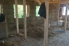 interior casa din baloti de paie